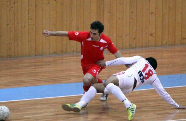 تیم فوتسال هلال احمر تبریز بازی را به حریف واگذار کرد