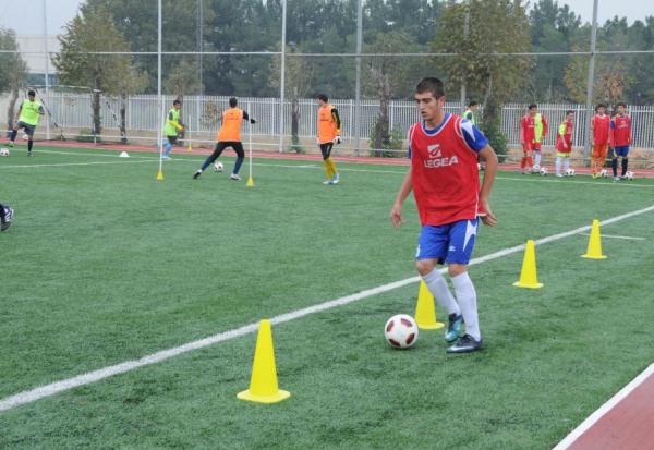 آرین سالک جباری،علی دوامی، علیرضاعلیزاده و امیر زینال زاده در اردوی تیم ملی فوتبال زیر 15 سال