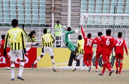 تيم فوتبال تراکتورسازي در ليگ قهرمانان آسيا مقابل الاتحاد عربستان شکست خورد